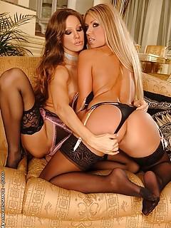 Lesbian Stockings Pics
