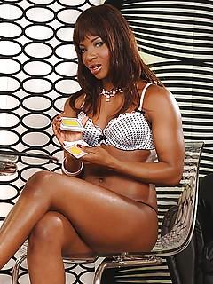 Black Lesbians Pics